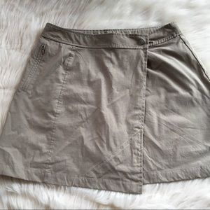Athleta skort 10 tan athletic shorts skirt